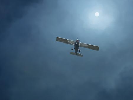 荒れ模様の空で飛行機