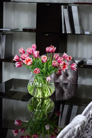 favorite colour: flowers on office desk