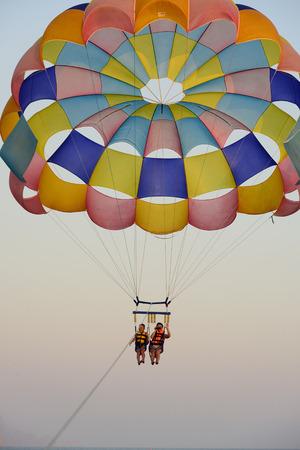 parasailing: parasailing