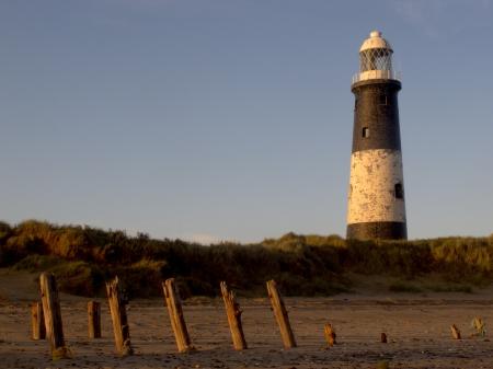 spurn: Spurn Point lighthouse, East Yorkshire, November 2011