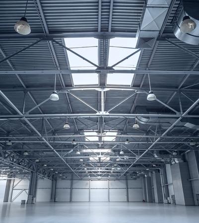 cemento: Inter de almacén vacío