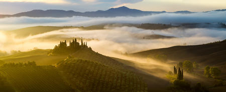 terrapille: gorgeous, sunny morning in Tuscany Stock Photo