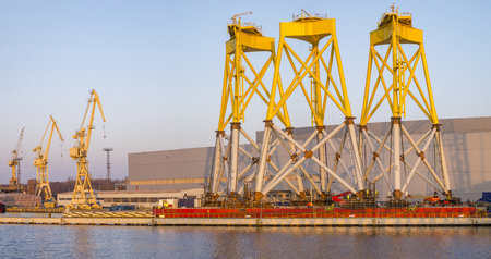 Structures foundations for offshore wind turbines