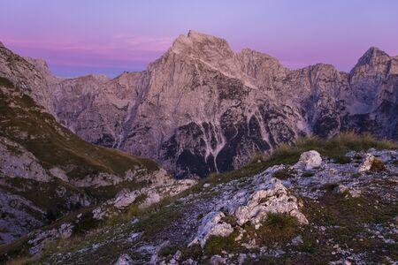 Julian Alps at sunset seen from Mangart Standard-Bild