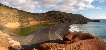 Canary Islands - Lanzarote - Charco Verde (Green Lake) Standard-Bild - 131344939
