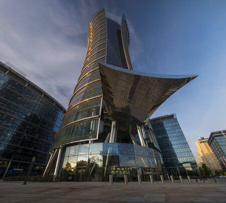 Warsaw Spire office complex at night Standard-Bild - 141810691