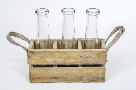 caja con botellas photo