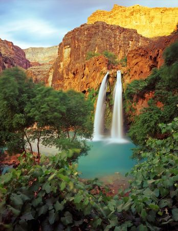 boulder rock: Havasu Falls on the Havasupai Indian Reservation, in the Grand Canyon, Arizona.