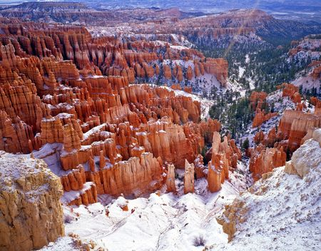 Snow on the hoodoos in Bryce Canyon National Park, Utah. Stock Photo - 754997