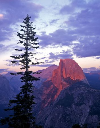 Half Dome photographed from Glacier Point in Yosemite National Park, California. Stock Photo - 754479