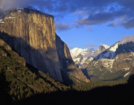 The Yosemite Valley in Yosemite National Park, California. Stock Photo - 767076