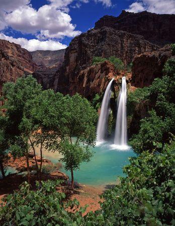 reservacion: Havasu Falls, en la Reservaci�n India Havasupai, situada en el Gran Ca��n, Arizona.