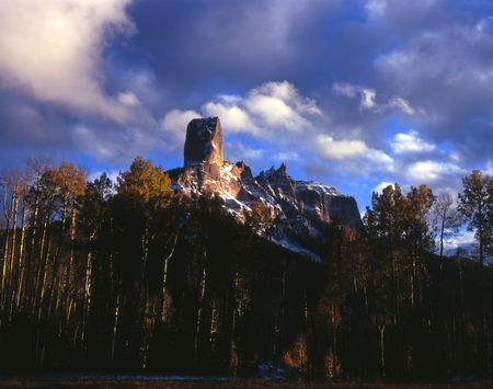 Chimney Peak and Courthouse Mountain in the Uncompahgre National Forest, Colorado. Stock Photo - 2143027