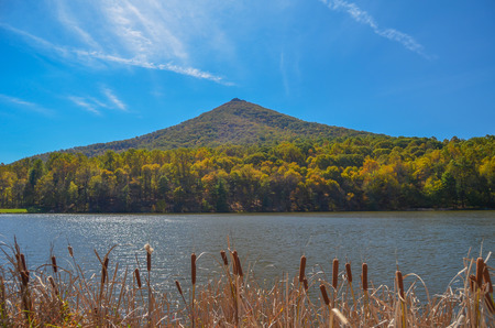 Sharptop Mountain and Lake Abbott along the Blue Ridge Parkway in Bedford County, Virginia Фото со стока