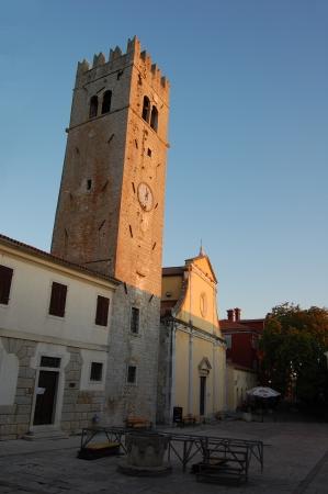 collina: Motovun - Chiesa di Santo Stefano Stock Photo