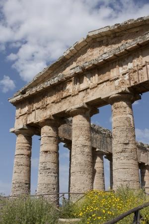 doric: The Doric temple of Segesta Stock Photo