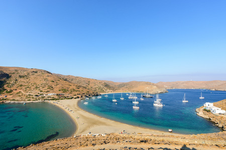kyklades: Panoramic view of the Kolona double sided beach at Kythnos, Greece as viewed from Aghios Loukas islet