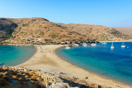 kyklades: The Kolona double sided beach at Kythnos, Greece as viewed from Aghios Loukas islet