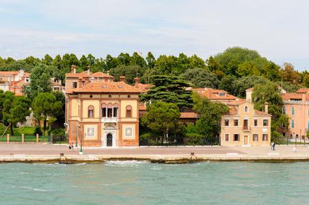martiri: VENICE, ITALY - JULY 10, 2009: Villino Canonica Neo-Renaissance building as seen from the lagoon Editorial