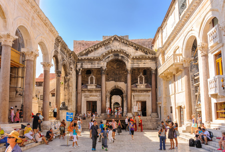 roman pillar: SPLIT, CROATIA - SEPTEMBER 2, 2009: Prothyron and Peristyle at the Diocletian Palace Editorial