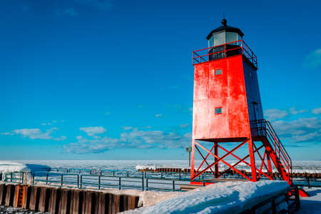 South Pier Lighthouse in Charlevoix Michigan 版權商用圖片