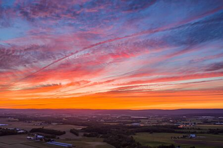 Sunset over Pennsylvania Farmland and Mountains Stockfoto