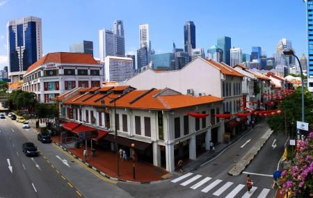 ber: Blick �ber Chinatown  - Singapur Editorial