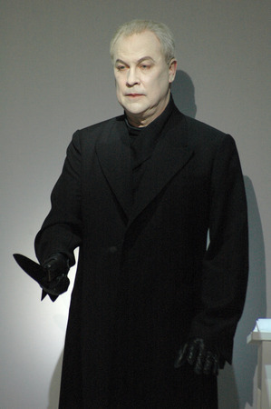 glance: August 30, 2006 - BERLIN: Robert Wilson During a rehearsal of the opera play The Murder from  Deafman Glance