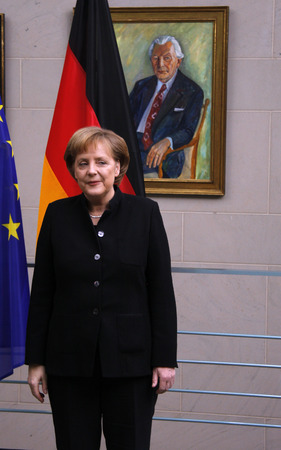 diplomatic: BKin Angela Merkel, in the background a portrait georg their Amtsvorgaengers Kurt Kiesinger - Reception of the Diplomatic Corps by the Chancellor, Chancellor's Office, 18 February 2008 Berlin-Tiergarten.