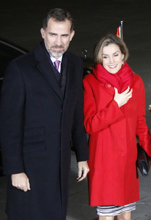 vi: King Felipe VI, Queen Letizia of Spain -. Meeting of the German Chancellor with the Spanish king pair, German Chancellery, 1st December 2014 in Berlin.