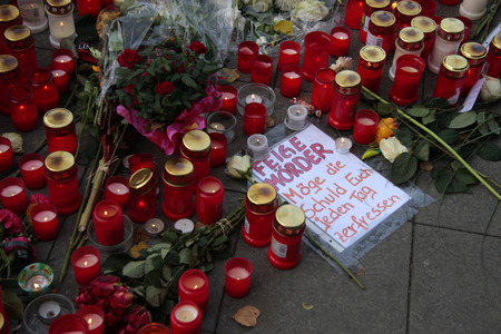Impressions - sorrow for the murdered Jonny K., who at the weekend by a group by men - had been killed, Rathauspassagen, Alexanderplatz, 17. October 2012, Berlin - apparently for no reason.