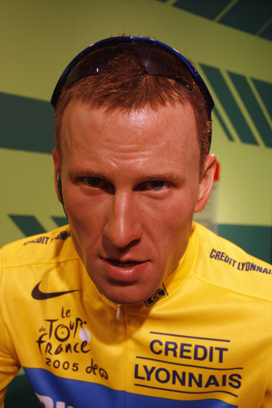 lance: Lance Armstrong - wax figure at Madame Tussauds, July 10th 2008, Unter den Linden, Berlin-Mitte. Editorial