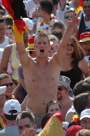 exhilaration: German fan cheered the 1: 0 by Lukas Podolski at the second round in the 2006 World Cup between Germany and Sweden, which Germany with 2 to 0 won on 24 June 2006, the Fan Mile on the Strasse des 17. Juni, Berlin-Tiergarten