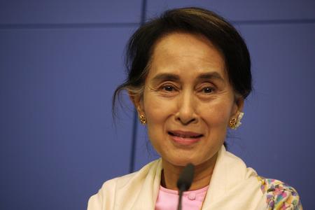 Aung San Suu Kyi - Pressekonferenz von Oppositionsfuehrerin Birma (Myanmar) und Friedensnobelpreisträgerin, 12. April 2014 in Berlin.