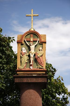 kruzifix: Kruzifix, Gau-Bischofsheim, Rheinhessen.