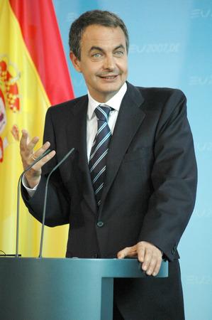 luis: Jose Luis Rodriguez Zapatero - Meeting of dt BKin with the Spanish PM, Federal Chancellery, June 15, 2007, Berlin-Tiergarten..
