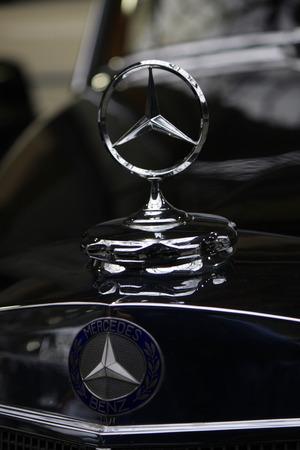 mercedes: Brand Name: Mercedes Star - Mercedes Benz, December 2013 Berlin.