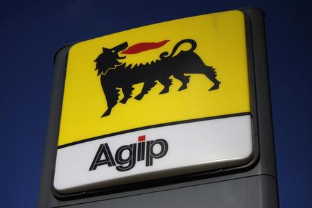 "Markenname: ""Agip"" in Berlin. Editorial"