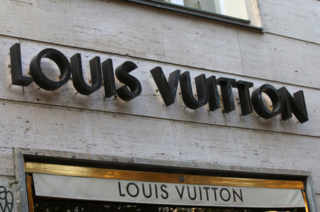 louis vuitton: Marca: Louis Vuitton.