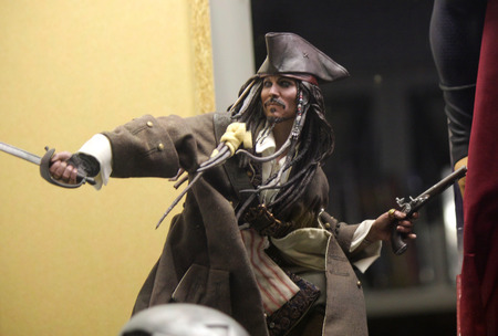 the sparrow: Figure of Piratenkapitaens quotCaptain Jack Sparrowquot Johnny Depp in quotPirates of the Caribbeanquot.