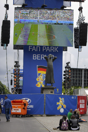 caller: Impressions - Fan Mile on the Strasse des 17. Juni in the game Netherlands against Mexico, 29 June 2014 Berlin. Editorial