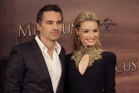 martinez: Olivier Martinez, Emma Rigby - premiere of the feature film The Physician, the Zoo Palast, December 16, 2013, Berlin-Tiergarten.