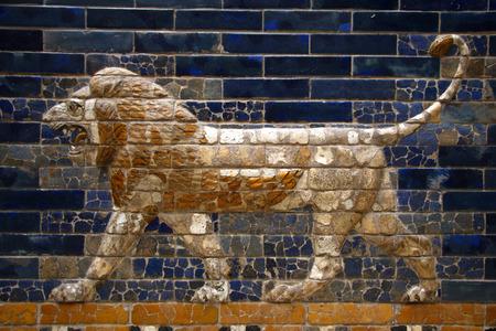 ishtar: Details: Ishtar Gate - Pergamon Museum, Museum Iceland, Berlin-Mitte.