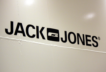 jones: Brand Name: Jack Jones, Berlin. Editorial