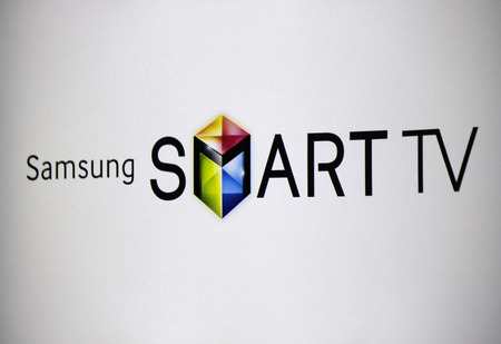 samsung: Brand Name: Samsung Smart TV, Berlin.