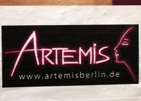 Brand name: Artemis, Berlin.