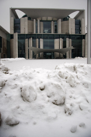 chancellerie: the wintry Berlin: here the Federal Chancellery in the snow, February 10, 2010, Berlin. �ditoriale