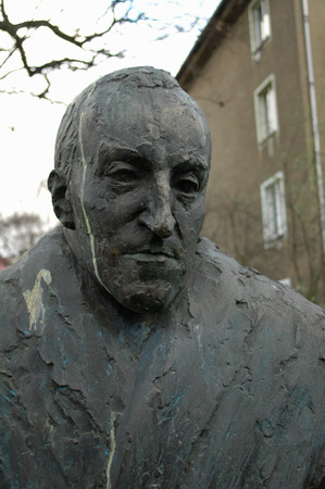 carl: Sculpture Satue monument for Carl von Ossietzky, Berlin-Pankow. Editorial