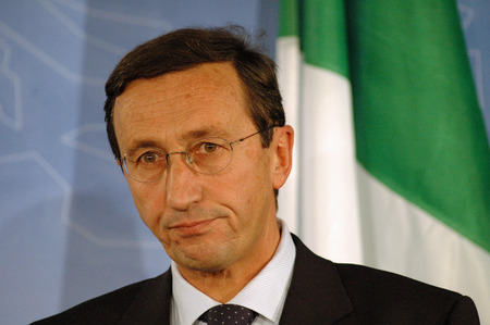 minister: Italian Foreign Minister, Gianfranco Fini. Editorial