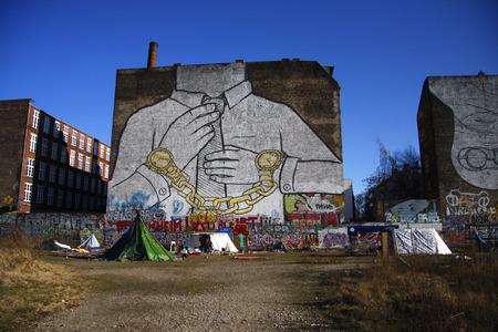 bemalte Hausfassade, Graffity, Berlin-Kreuzberg. Editorial